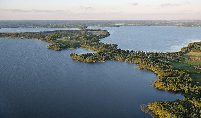 Flygbild över en del av Ringsjöns vattenråds område, Ringsjön och Gamla Boo - foto: Johan Hammar