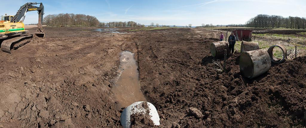 Vattnet släpps på i den nyanlagda våtmarken vid Klinta. Foto: Richard Nilsson